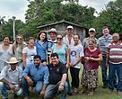 Participantes e técnicos do dia de campo no assentamento Poranga em Sorriso (MT).