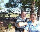 Os produtores Claudinei Pecois e Maria Leonidia Thaler trabalham ativamente pela conservação do Córrego Guariroba