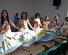 Grupo de dança do Comitê Popular do rio Paraguai se apresenta durante o evento, em Tangará da Serra (MT)