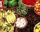 A perda de vidas humanas é devastadora, o desperdício de alimentos custa 940 bilhões de dólares por ano à economia global e pode ser um grande problema ambiental. No total, 8% das emissões de gases de efeito estufa que estão aquecendo o planeta são atribuídos a perda e desperdício de alimentos.