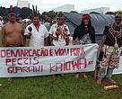 Um grupo de cerca de cerca de 1,2 mil líderes indígenas ocupa a Esplanada dos Ministérios, em Brasília a partir de hoje.