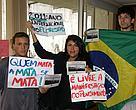 Estudantes protestam, pacificamente, contra mudanças no Código Florestal