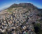 Vista do centro da Cidade do Cabo (Cape Town), na África do Sul, que foi escolhida a capital global da Hora do Planeta através do Desafio das Cidades